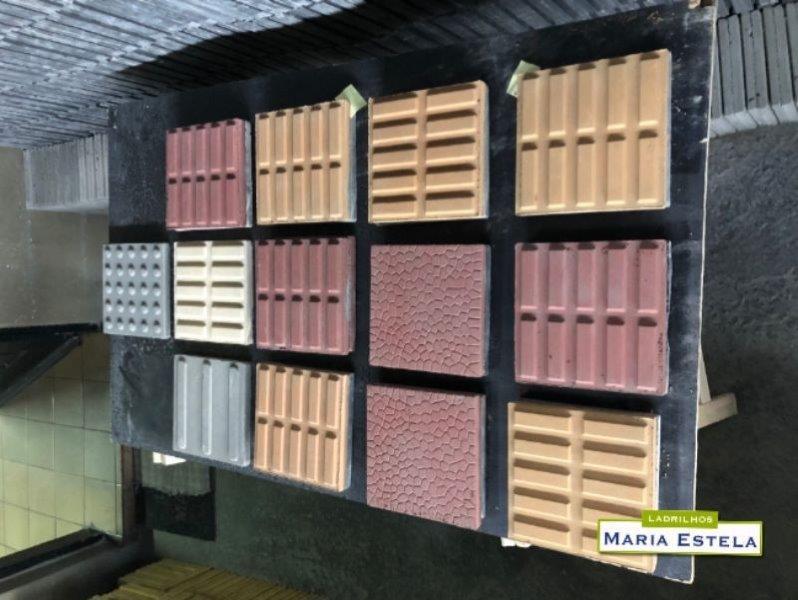 Fábrica de piso hidráulico